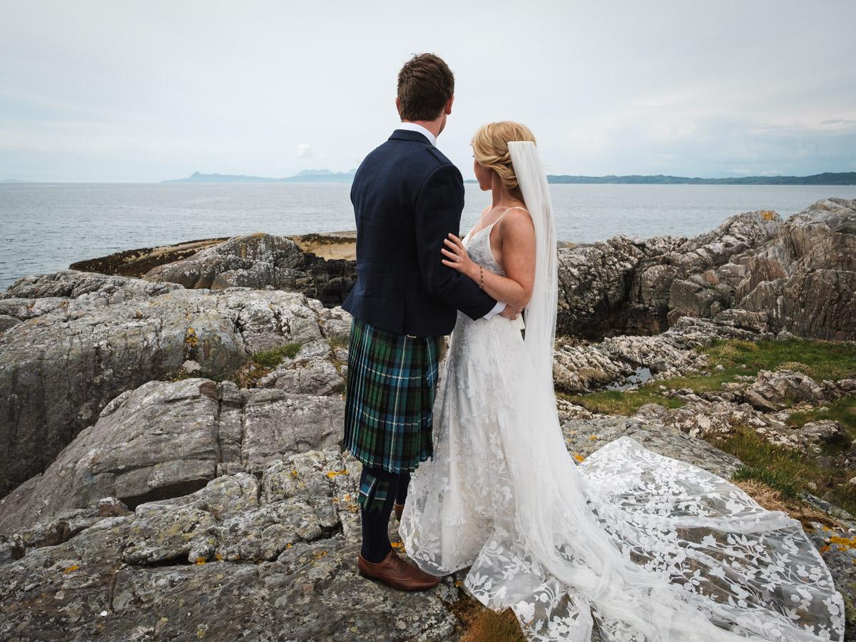 Wedding Fun in the Scottish Highlands